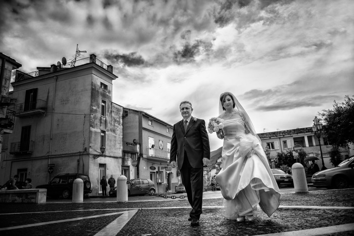 Fotografi di matrimonio ad aversa - caserta - napoli - Exclusive wedding photographer in Naples and Rome - Servizi fotografici di matrimonio - Reportage di Matrimonio - Preventivi per servizi fotografici di matrimonio - Scegliere album fotografico di matrimonio - Fotografi - Elisabetta Rosso - Migliori fotografi di matrimonio