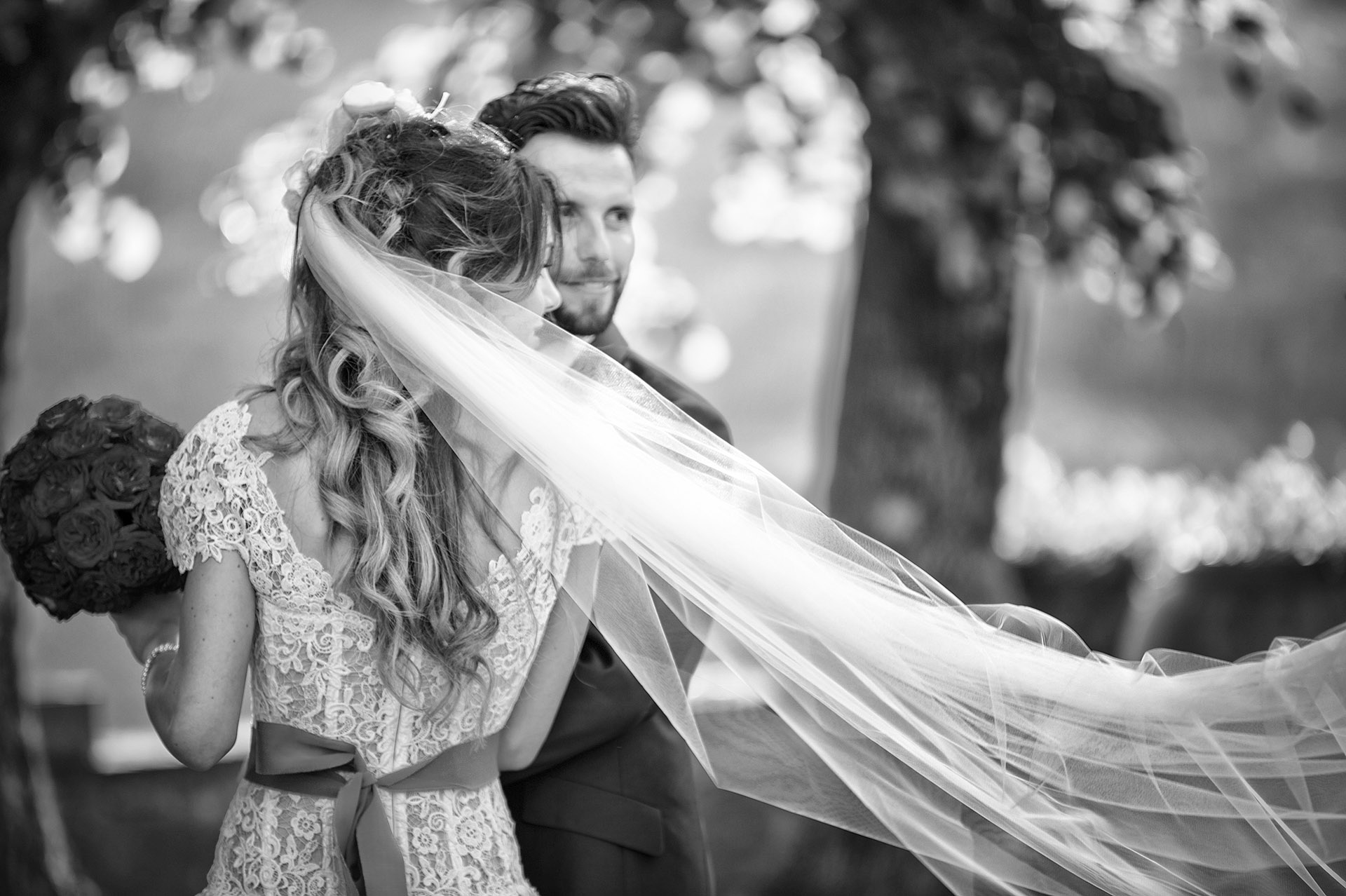 international-wedding-photographer-tuscany-florence-fotografi-matrimonio-gaiole-chianti-siena-toscana-firenze-album-matrimonio-location-esclusiva-migliori-fotografi-matrimonio-best-selected-photographers29