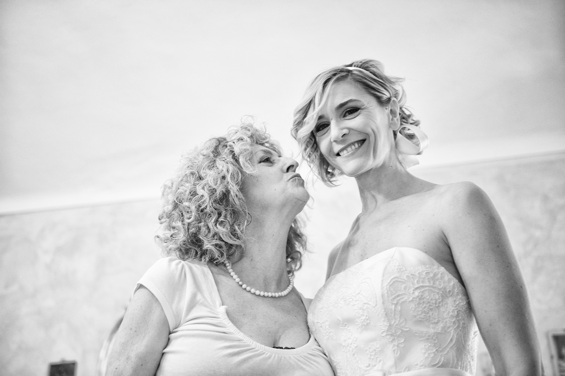 Wedding planner for exclusive wedding in Italy - Wedding photographer in Iceland and New York